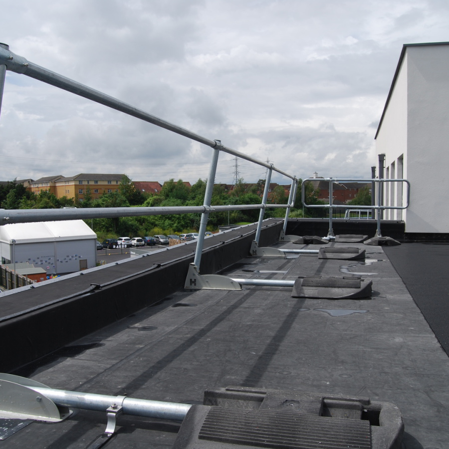 Collapsible roof edge guardrail systems also available.
